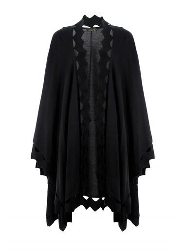 Butik Triko 2044 Zig Zag Detaylı Triko Pelerin Siyah